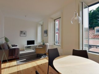 Santa Catarina Sol II apartment in Bairro Alto with WiFi & balkon.