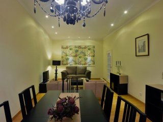 Spacious Chiado Espacoso apartment in Baixa/Chiado with WiFi.