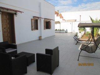 Confortevole abitazione con ampi spazi e garage, San Simone