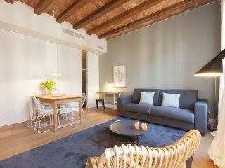 Gerona Center apartment in Eixample Dreta with WiFi, airconditioning (warm