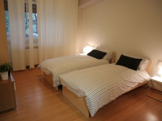 Meda Living apartment in Tiburtino with WiFi, air conditioning & lift.