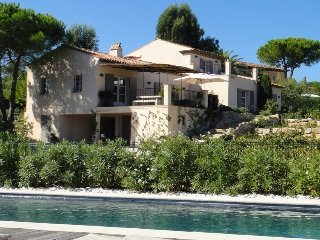 Villa Beauregard Villa to Let on French Riviera, St. Tropez villa with pool for