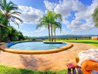 3 bedroom Villa in Santa Eularia des Riu, Balearic Islands, Spain : ref 5047817