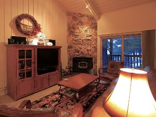 Upgraded 2bed 2bath, Sleep number beds, Mammoth Lakes