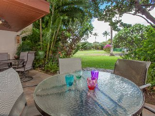 Beautiful Remodeled 4BR/3BA Ground Floor Townhome, A/C, WIFI, Steps to Pool!