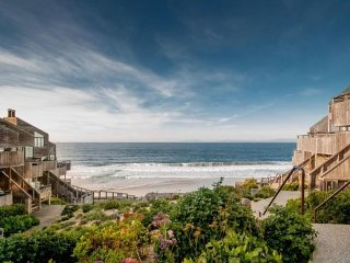 3740 Sanctuary in the Dunes - Oceanfront Views On Miles of Sandy Beach