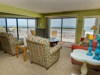 Queens Court 1305, Emerald Isle