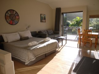 Bay of Islands Holiday Apartments - Family Studio, 2 rooms for 5 Guests, Paihia