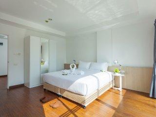 Large Room in Phuket!, Talat Nuea