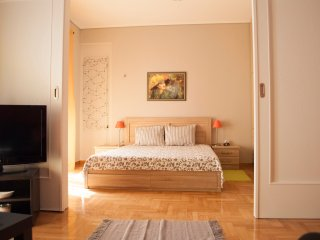 Cozy and comfortable apartment in Athens center