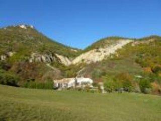 Gite pleine nature, au calme en Drôme provençale