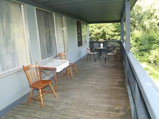 Warburton Millgrove house with a veranda