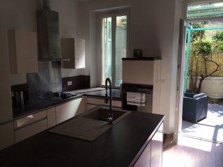 Appartement de 80m2 avec extérieur - Centre Ville, Marseille