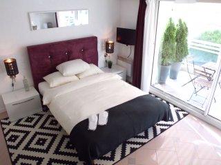 Monaco Beach Balcony Apartment