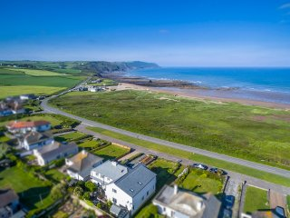 'Overdowns ' -Fabulous property with sea views!, Widemouth Bay