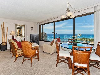 Expansive Ocean View!  FABULOUS location!, Honolulu