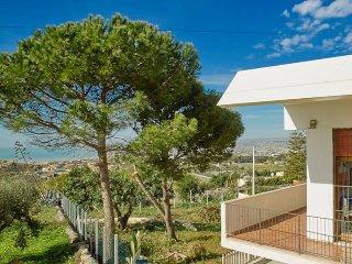Villa a 700 metri dal mare, Cava d'Aliga