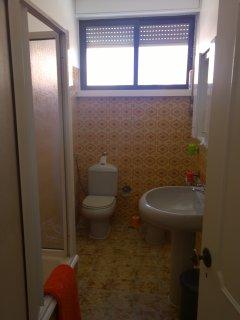 bathroom 1 floor