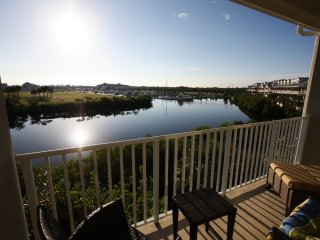 Rent the largest 2 bed townhome with lake views!, Ruskin