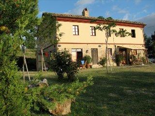 Restauriertes Bauernhaus in Panoramalage 'Stalla', Montecarotto