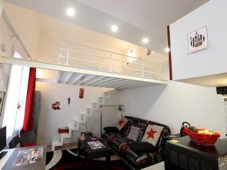 New, quiet, duplex studio for two-Marais- P3