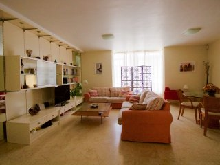 Bonita casa en tranquila urbanización, Telde