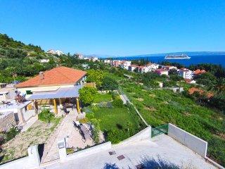 UNIQUE HOUSE - terrace, view, peace, Split