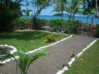 Private Beach Front Villa, Jeep-- Free Kayaks..!, Jaco