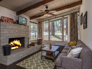 Hip Norwegian-Style Cabin - 3 Mins to Heavenly, Walk to Restaurants, Sleeps 6, South Lake Tahoe