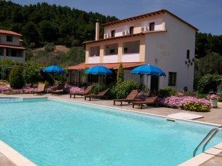 Villa Angela, Skiathos Town