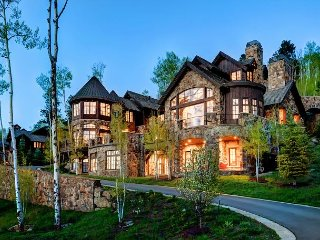 7BR Platinum Ski In/Out Beaver Creek Home Above Exclusive Arrowhead Village