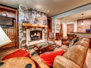 Spectacular 3BR Platinum Rated Ski In/Ski Out Beaver Creek Landing Condo, Avon