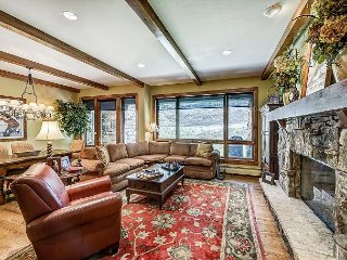 Fabulous 3BR Platinum Rated Ski-In/Ski-Out Bear Paw Condo In Bachelor Gulch