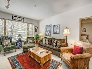 2BR Aspenwood Lodge Condo in Exclusive Gated Community in Arrowhead Village, Edwards
