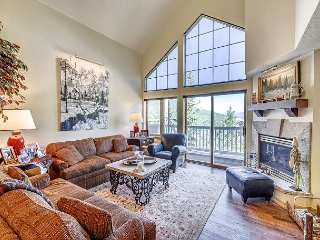 Gorgeous 4BR St. James Place Penthouse In The Heart of Beaver Creek Village, Avon