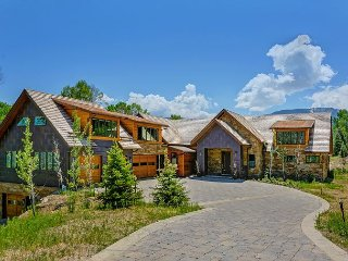 5 Bedroom Architectural Masterpiece Of Modern Luxury In Lake Creek District, Edwards