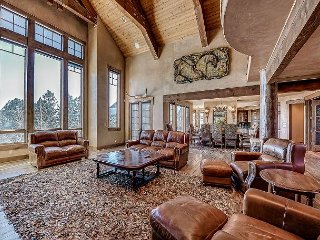 Grand Western-Style Lodge in Exclusive Cordillera Community, Clubhouse Access
