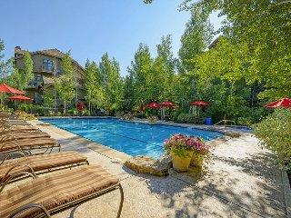Premium Arrowhead Village Condos with Superb Ski Access and Community Hot Tub