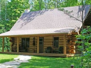 Egg Harbor Log Cabin, Door County