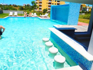 Rocha Tower apartments LK, Praia da Rocha, Sea view, pool