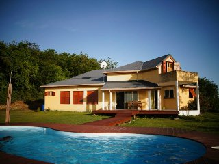 Villa avec vues sur mer, piscine,jardin, barbecue, Deshaies