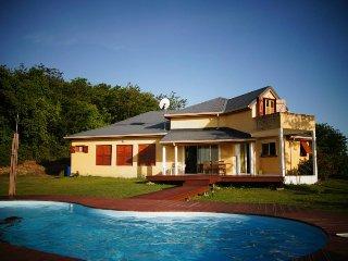 Villa avec vues sur mer, piscine,jardin, barbecue