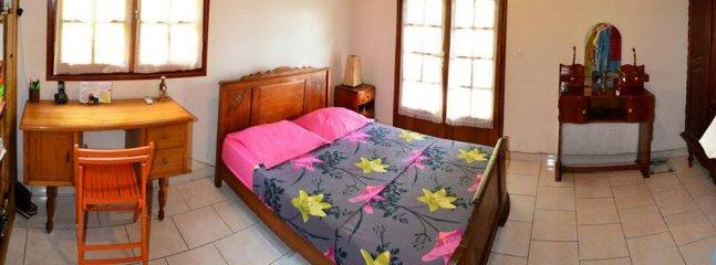 1 habitación con aire acondicionado