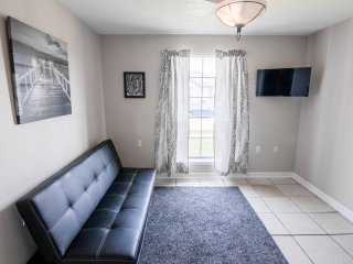 LOW RATES, BOOK NOW!! 4BD/3BA CLOSE TO DOWNTOWN!!!, Nouvelle-Orléans