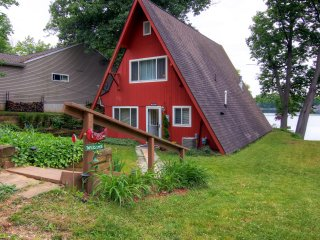 Lakefront 3BR Lawton Cottage w/Serene Views!