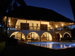 Luxurious fully Serviced Beach Villa in Zanzibar, Matemwe