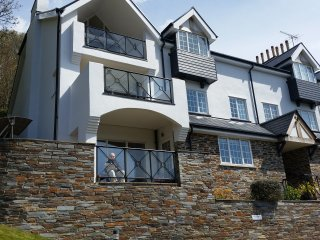 Stunning 3 bed Apt  with Pool and close to Beaches, Salcombe