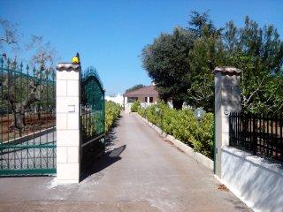 Villetta Ostuni, Carovigno