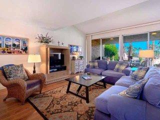 New Listing -- Beautiful 3 BR/3 BA Villa Ironwood CC -- East Facing Patio Steps to Pool & Spa, Palm Desert