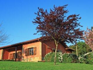 Casa Rural de 7 plazas, parcela privada., Cudillero
